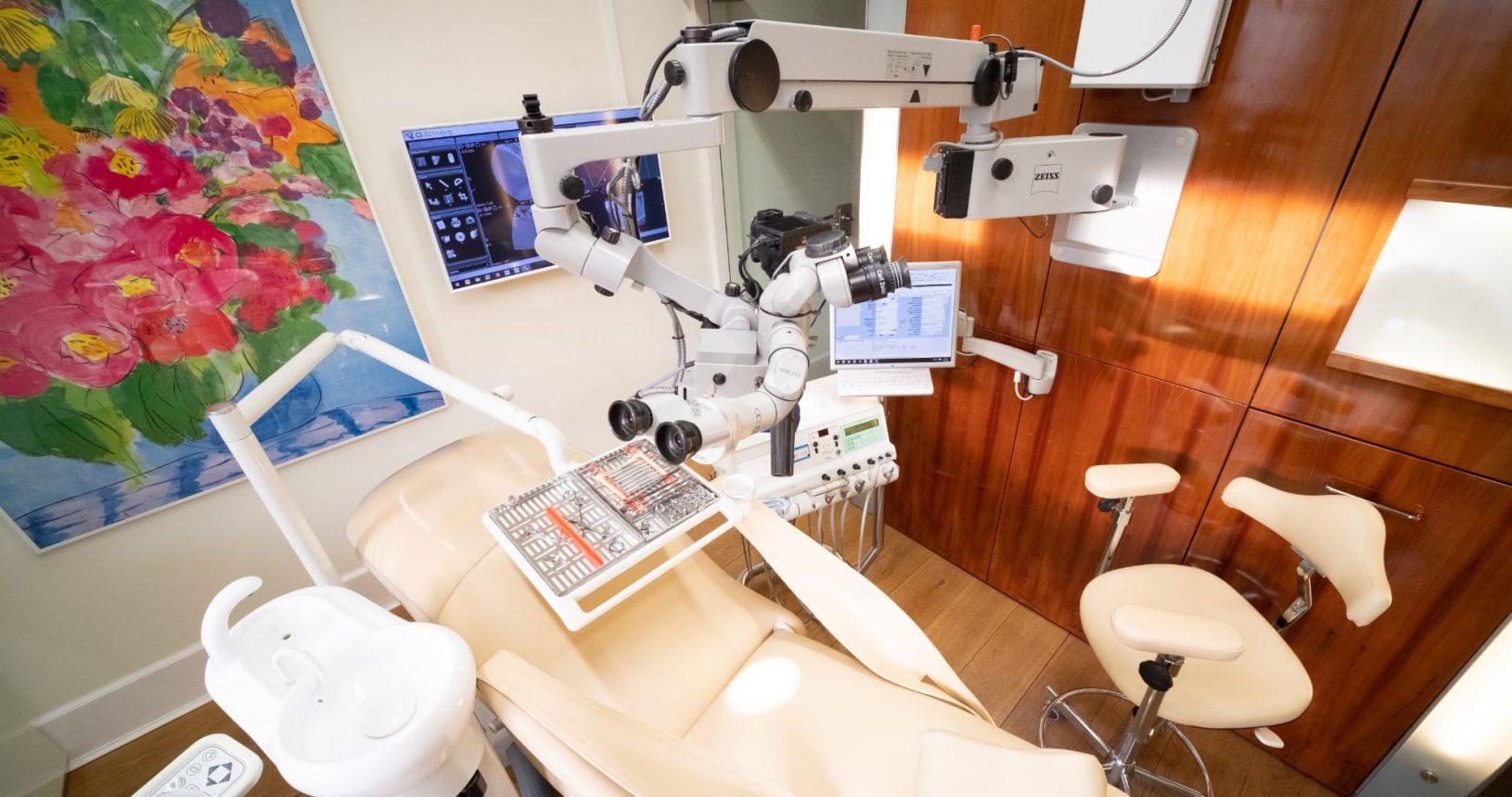 Praxis Dr. Oliver Pontius, Bad Homburg, Behandlungsraum High-Tech
