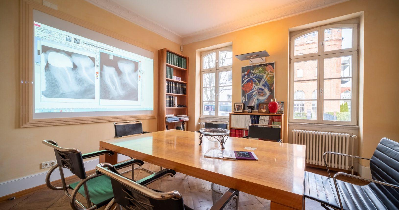 Praxis Dr. Oliver Pontius, Bad Homburg, Konferenzraum
